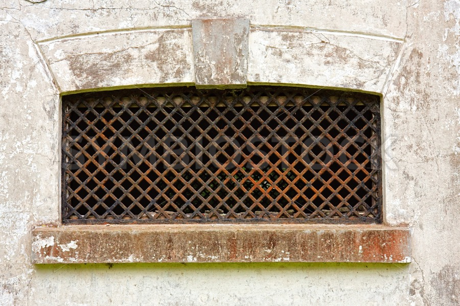 Window of old ruined building - Jan Brons Stock Images