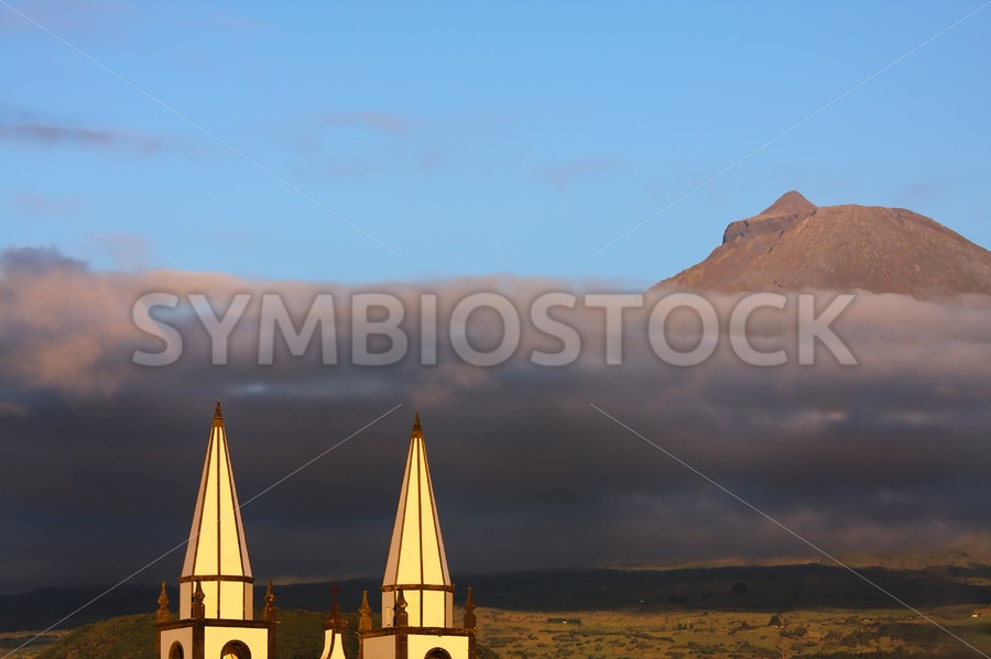 Madalena Azores church Pico volcano - Jan Brons Stock Images
