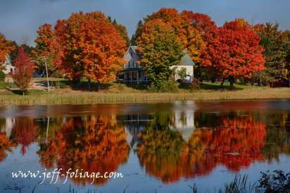 The fall colors on Rangeley lake were ready to burst on the last days of Sept.