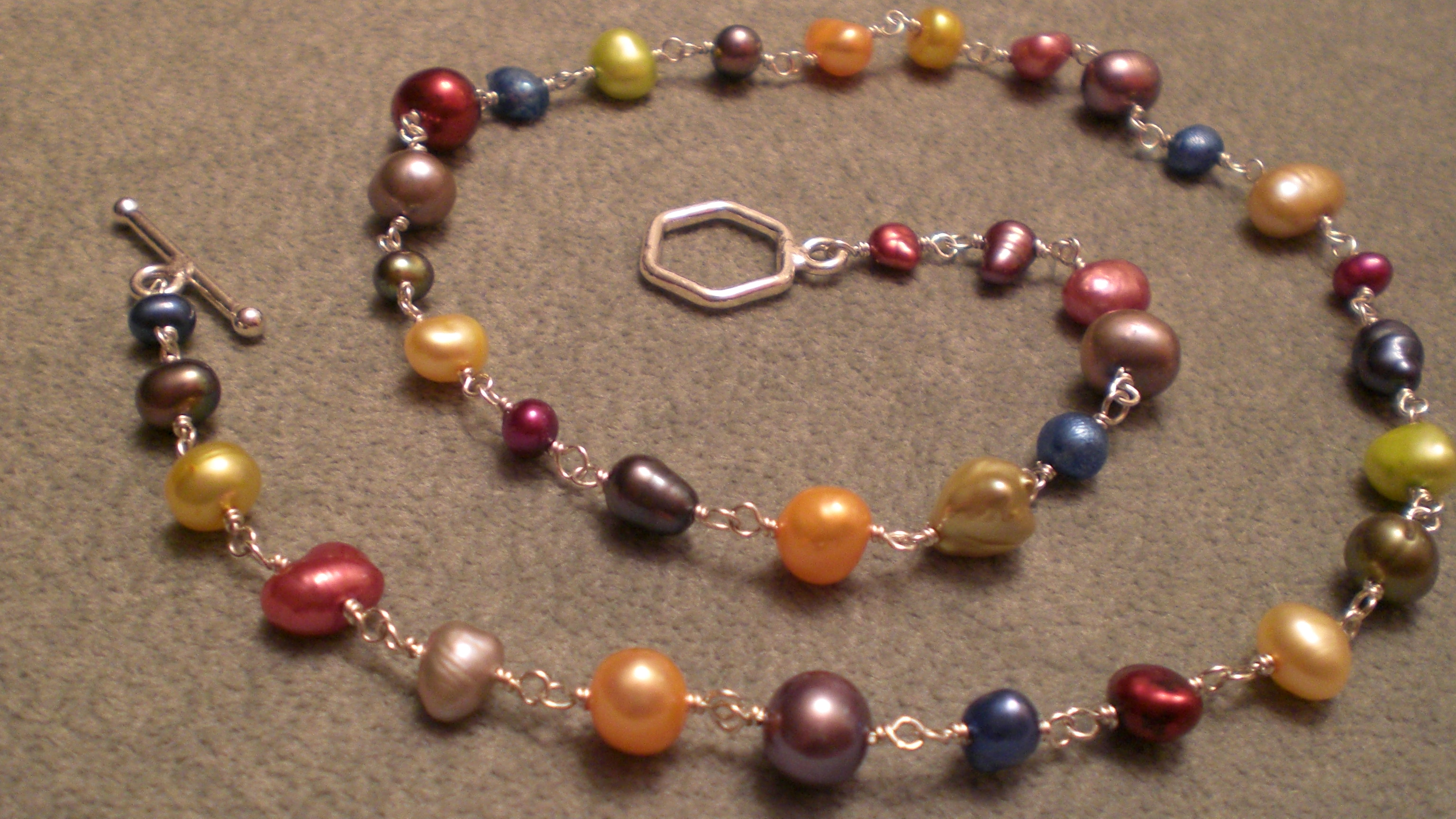 Colored Pearl Bracelet Images