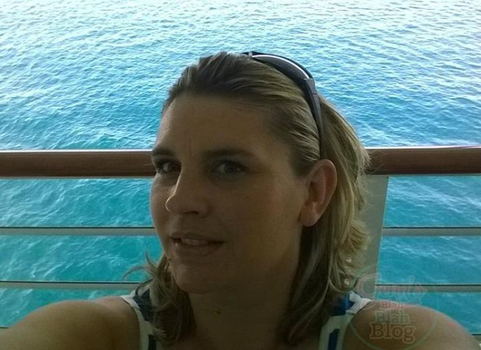 Jenn Worden Jenns Blah Blah Blog Owner  Bloggers sit on the deck on a cruise