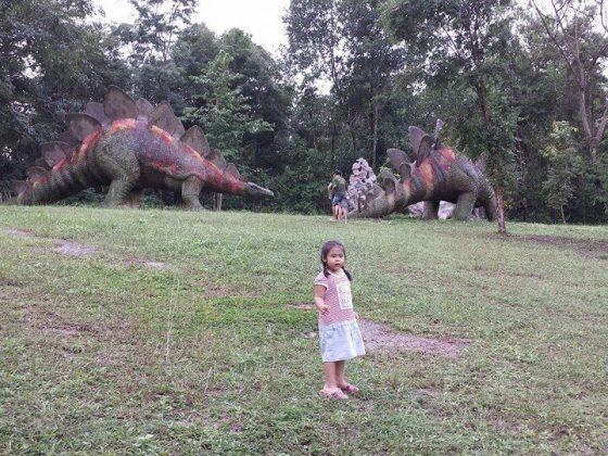 dinosor park thailand