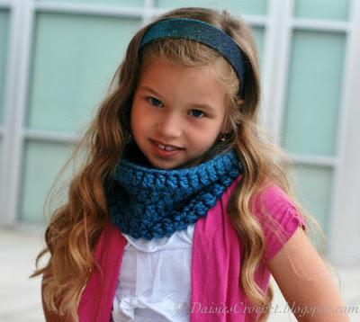 40 Free Easy Crochet Cowl Scarf Patterns