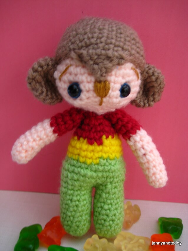 Nicky monkey free amigurumi pattern by jennyandteddy