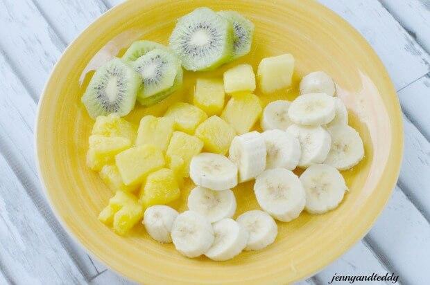 tropicalfruitsmoothie11