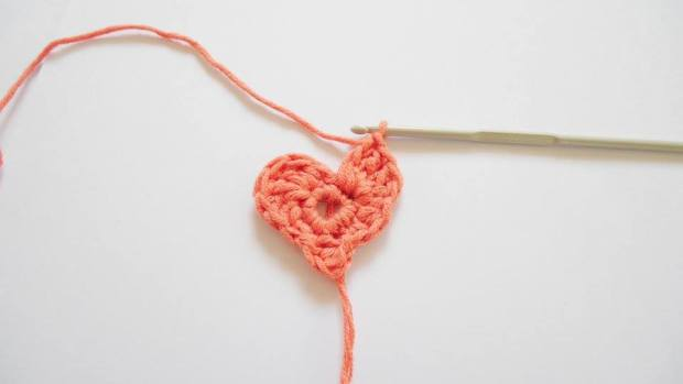 small crochet heart free pattern