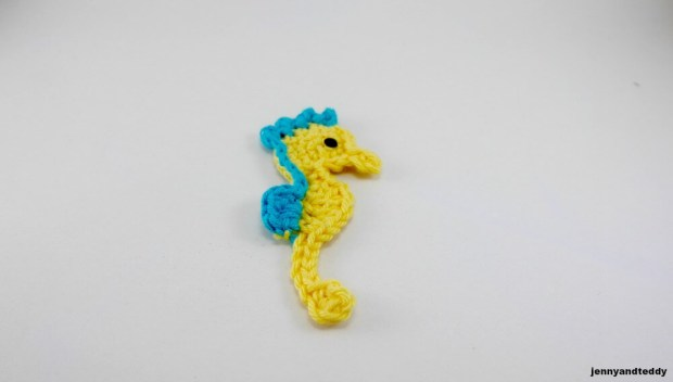 easy seahorse applique free pattern