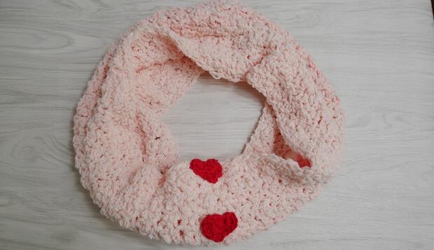 sweetheart fluffy cowl1