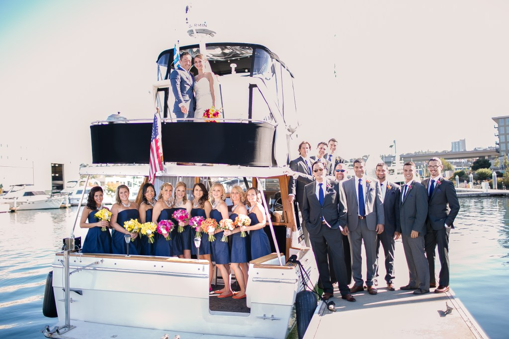 Union Station Tacoma Wedding || Photo: Genesa Richards Photography ||Bridal Party on a boat