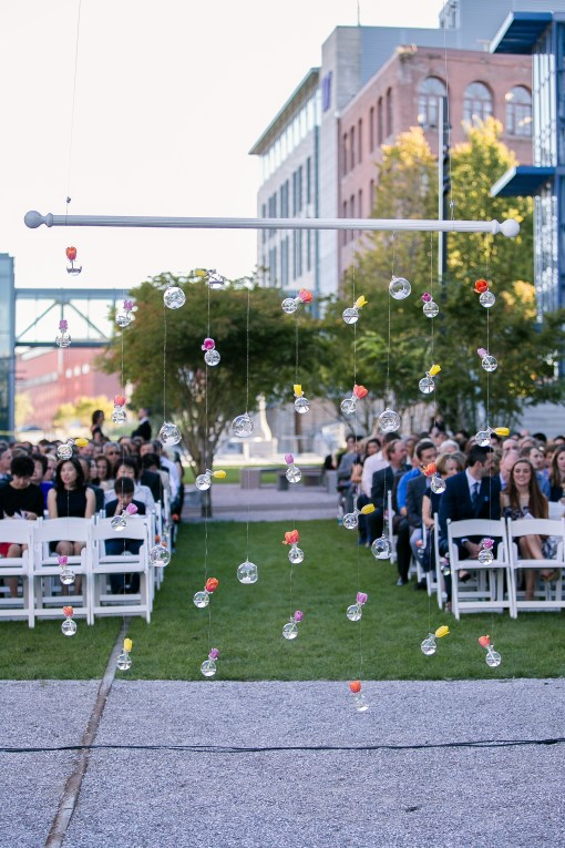 Union Station Tacoma Wedding || Photo: Genesa Richards Photography ||UW Tacoma Campus Ceremony