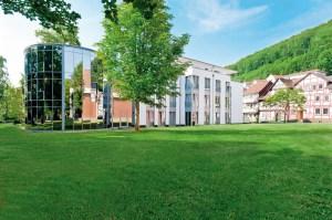 Das EKKOs Kultur und Tagungshotel in Bad Sooden -Allendorf liegt inmitten des idyllischen Kurparks. Foto: EKKOs