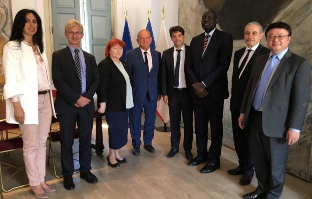 Accueil des ambassadeurs de l'Unesco en mairie de Grasse 02