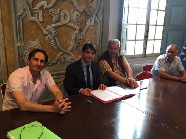 Signatures de conventions triennales avec les clubs sportifs grassois 02