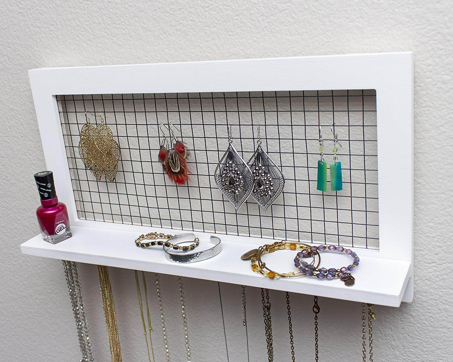 Socal Buttercup White Jewelry Organizer From Wooden Wall