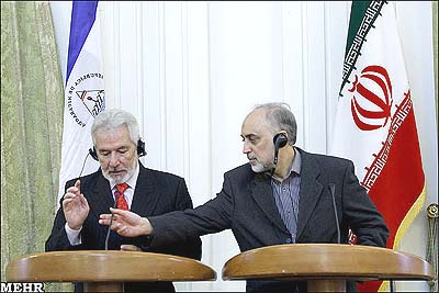 Last February, Iranian Foreign Minister Ali Akbar Salehi (r.) held a joint press conference with his ALBA-member nation Nicaragua's FM Samuel Santos López in Tehran.