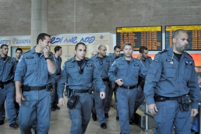 Israel Police deployed inside arrival hall of Ben Gurion International Airport. (archive)