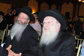 Rav Malkiel Kotler (left) and Rav Matisyahu Salomon
