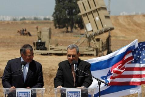 U.S. Secretary of Defense Leon Panetta, left, and Israel's Defense Minister Ehud Barak deliver statements, Aug. 1, 2012.