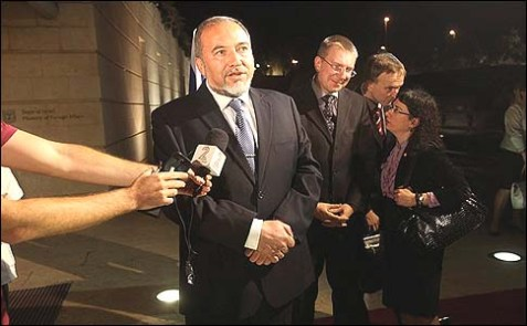 Israeli Foreign Minister Avigdor Liberman speaking to Channel 2 News.