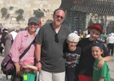 Gavi Hanssen and Family