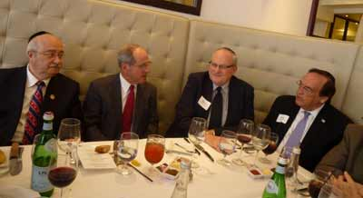 (L-R) L.A. County Commissioner Howard Winkler, Sen. James Risch, OU President Martin Nachimson, and Dr. Morry Waksberg.