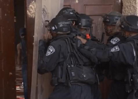 Al_Aqsa_Rock_Throwing
