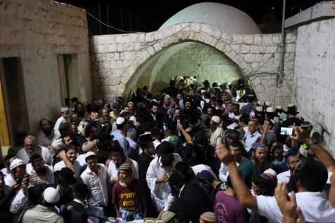 Hundreds of Jews praying at Joseph's Tomb in Shechem on June 10, 2013.
