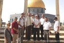 Yehudah Glick (with a tie) with a tour group on the Temple Mount.
