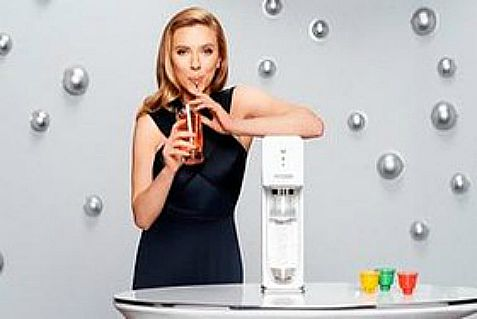 Whirlpool subsidiary KitchenAid has hooked up with SodaStream, whose worldwide ambassador is Jewish actress Scarlett Johansson.