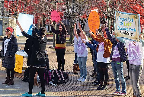 MSU Hillel students stage pro-peace rally on campus in response to ant-Israel rally.