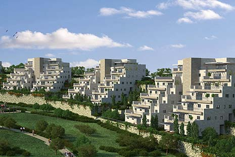New luxury housing units in Modi'in. Photo: Jorge Novominsky