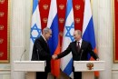 Russian President Vladimir Putin (R) and Israeli Prime Minister Binyamin Netanyahu meet in the Kremlin, Nov. 20, 2013.