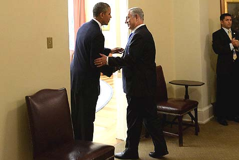 US President Barack Obama and Israeli Prime Minister Binyamin Netanyahu held a meeting in the Oval Office. (archive)