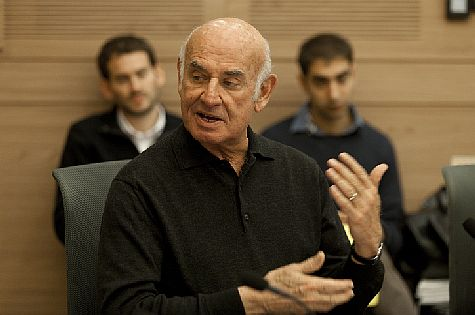 Science and Technology Minister (Yesh Atid) MK Yaakov Perry.