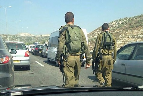 IDF searches on Highway 443