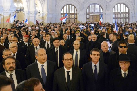 Netanyahu Bennett and Hollande in Paris Synagogue