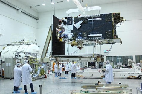 Israeli scientists developing AMOS-6 satellite.