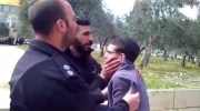 Police manhandling a Jewish youth on the Temple Mount / Screenshot