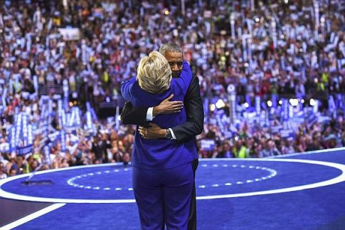 US Pres. Barack Obama hugs Democratic presidential contender Hillary Clinton at the Democratic National Convention.