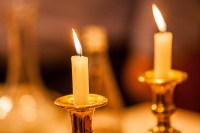 how to light shabbat candles | Centralroots.com