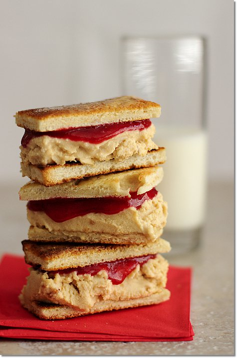 PB&J Ice Cream Sandwich on JillHough.com