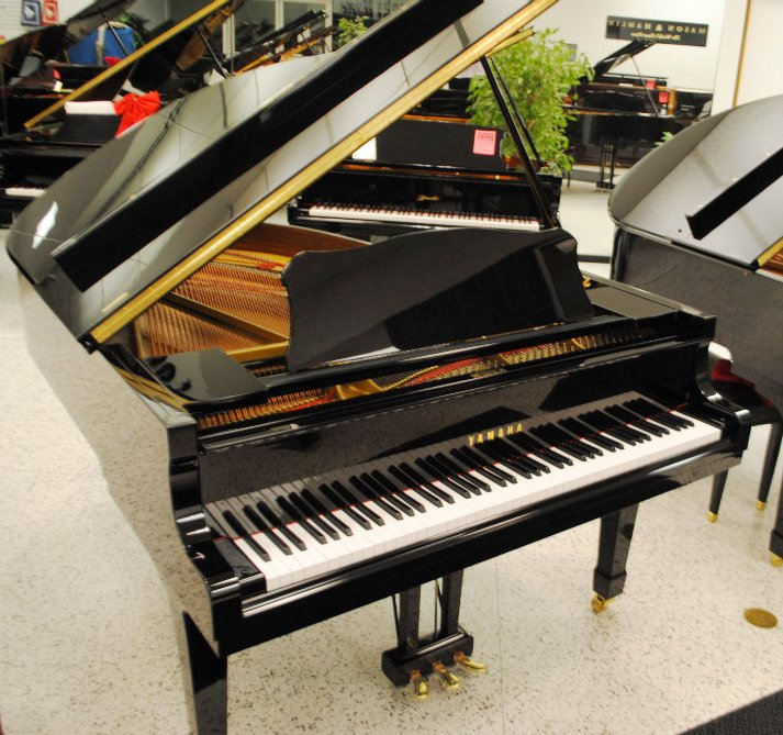 Yamaha C3 Concert Grand Piano \u2013 Ebony Polish (used) \u2013 Jim Laabs