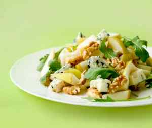 Kale salad with brussel spouts, pear, walnuts