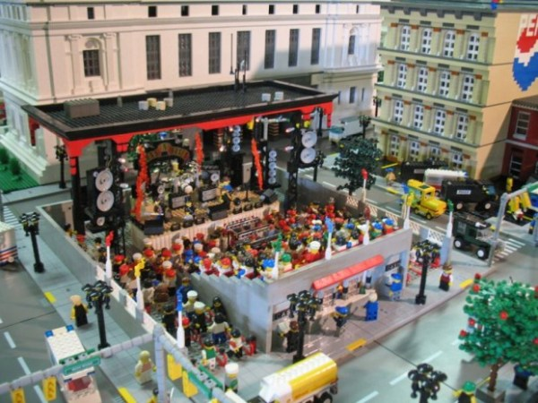 guns-and-roses-lego-stage-2