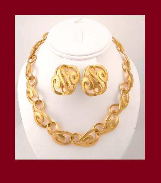 Erwin Pearl Gold Tone Necklace & Earrings