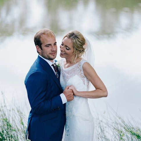 A rainy and fun sussex wedding,