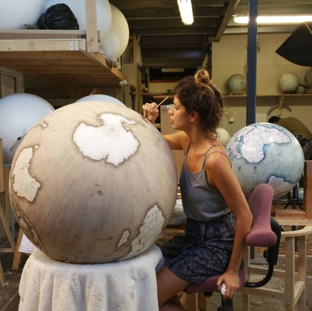 how to make a plaster of paris sphere