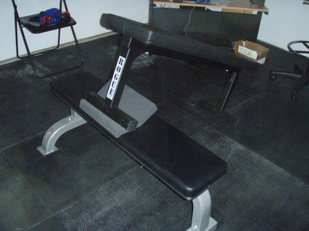 Reverse Hyperextension Without Machine