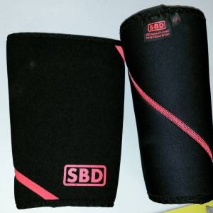 Still Rawright?  sbd kneesleeves powerlifting