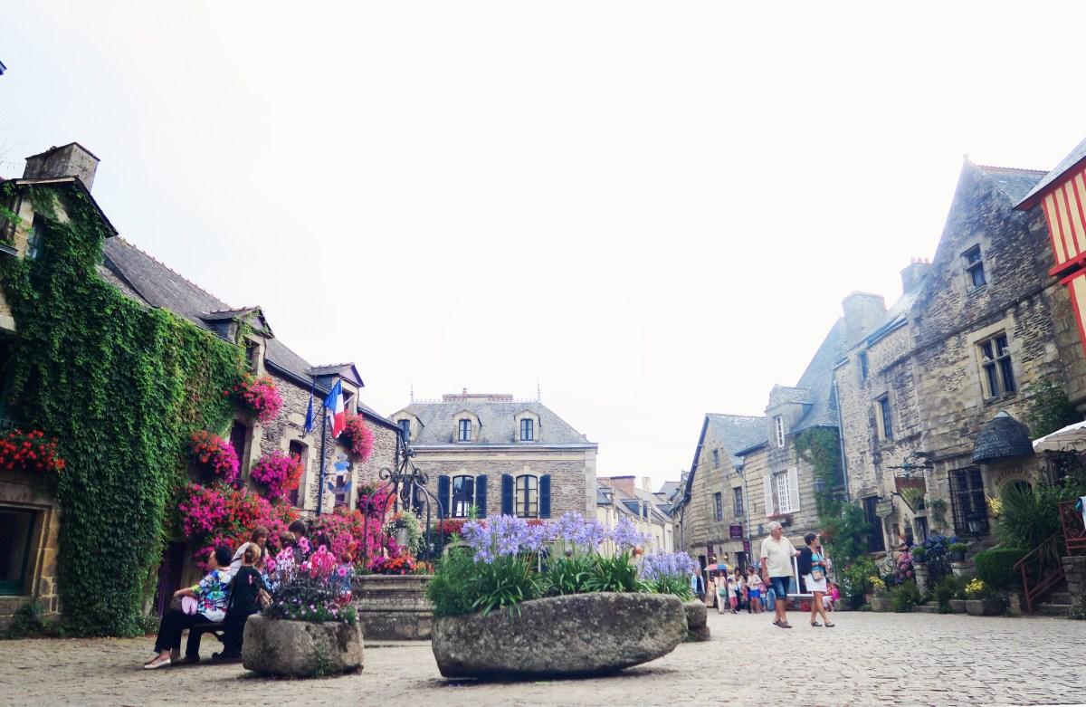 the france family goes to france | Brittany travel diary